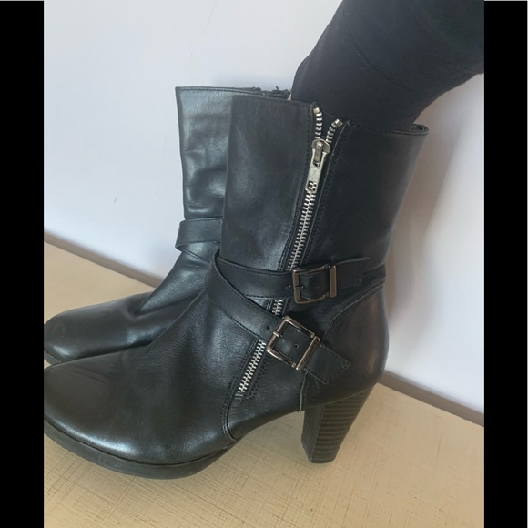 Artica  leather booties